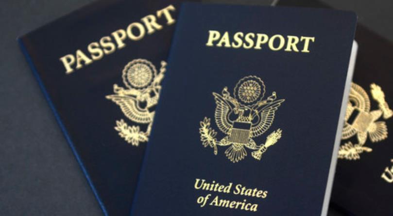请问美国护照过期了,现人在上海,要去哪里更换美国护照?